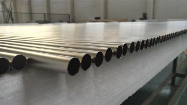 ống titanium